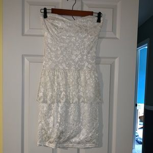 Arden B Strapless Lace Mini Dress - Size M